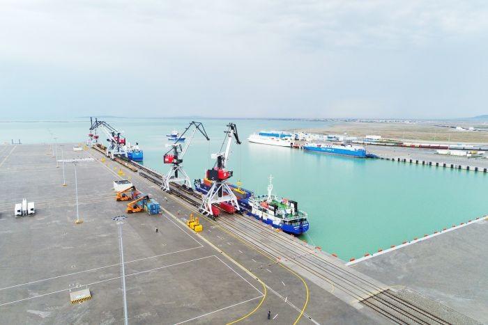 Azərbaycan regional logistika liderinə çevrilir
