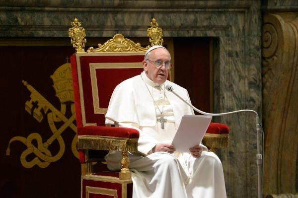 Papa Qüdslə bağlı narahatlığını ifadə etdi