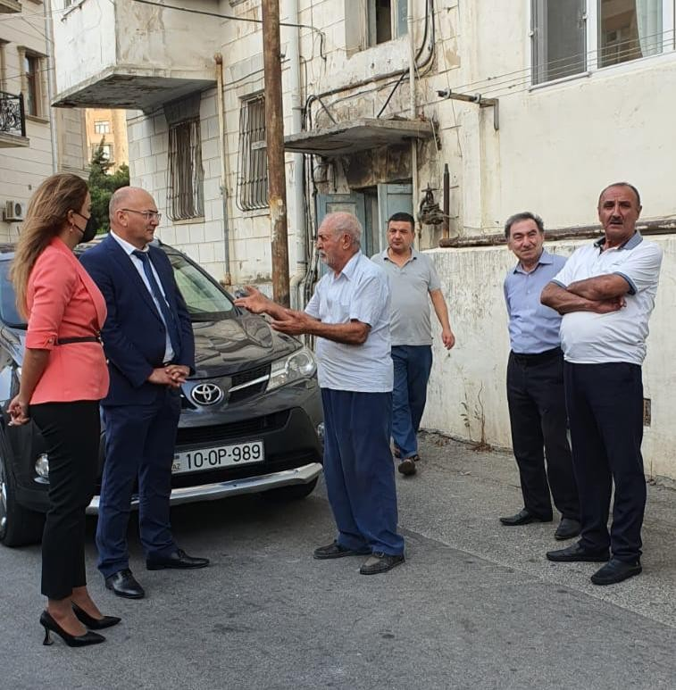 Deputat Könül Nurullayeva rayon sakinlərinin qarşılaşdığı problemlərlə maraqlanıb
