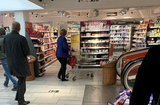 Merkeli marketdə görüb, panikaya düşdülər