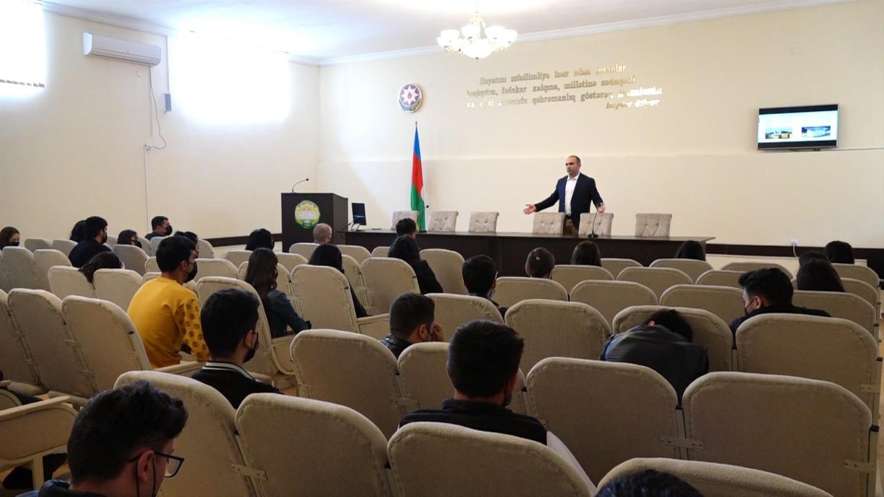 Aqrar İnnovasiya Mərkəzinin əməkdaşları ADAU-da görüş keçirib