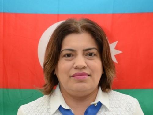 """""""Direktorların çoxu müəllimə bənzəmir"""" - Fazil Mustafa"""