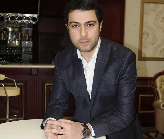 """Namiq Qaraçuxurlunun """"Ramazan, xoş gəldin"""" adlı yeni mahnısı"""