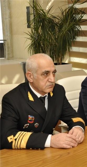 """""""Bakı Gəmiqayırma Zavodu"""" ilə bağlı qalmaqallı fotonun müəllifi məmur oğludur"""