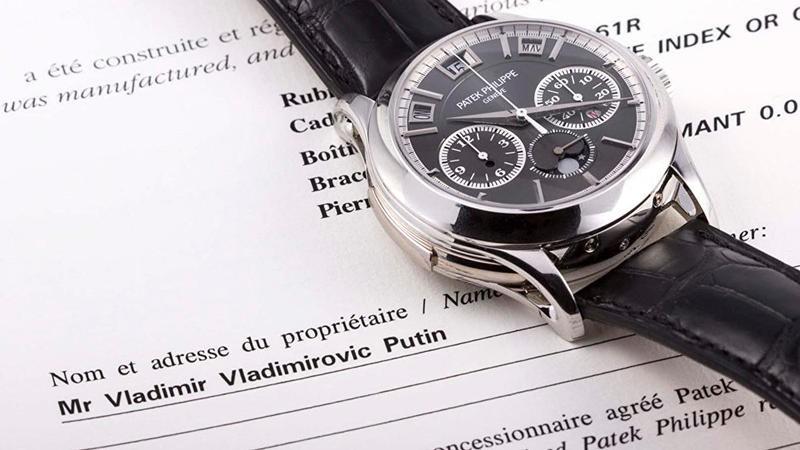 """Peskov təkzib etdi:""""Putinin saatını fantastik qiymətə alan alıcı aldadılıb"""""""