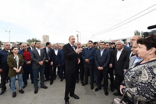 Prezident İlham Əliyev marketə girdi,qiymətlərlə maraqlandı
