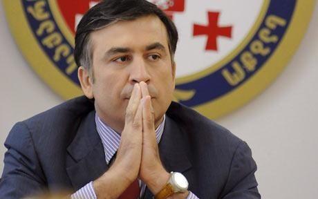 Saakaşvili tərəfdarları barrikadanı yarıb