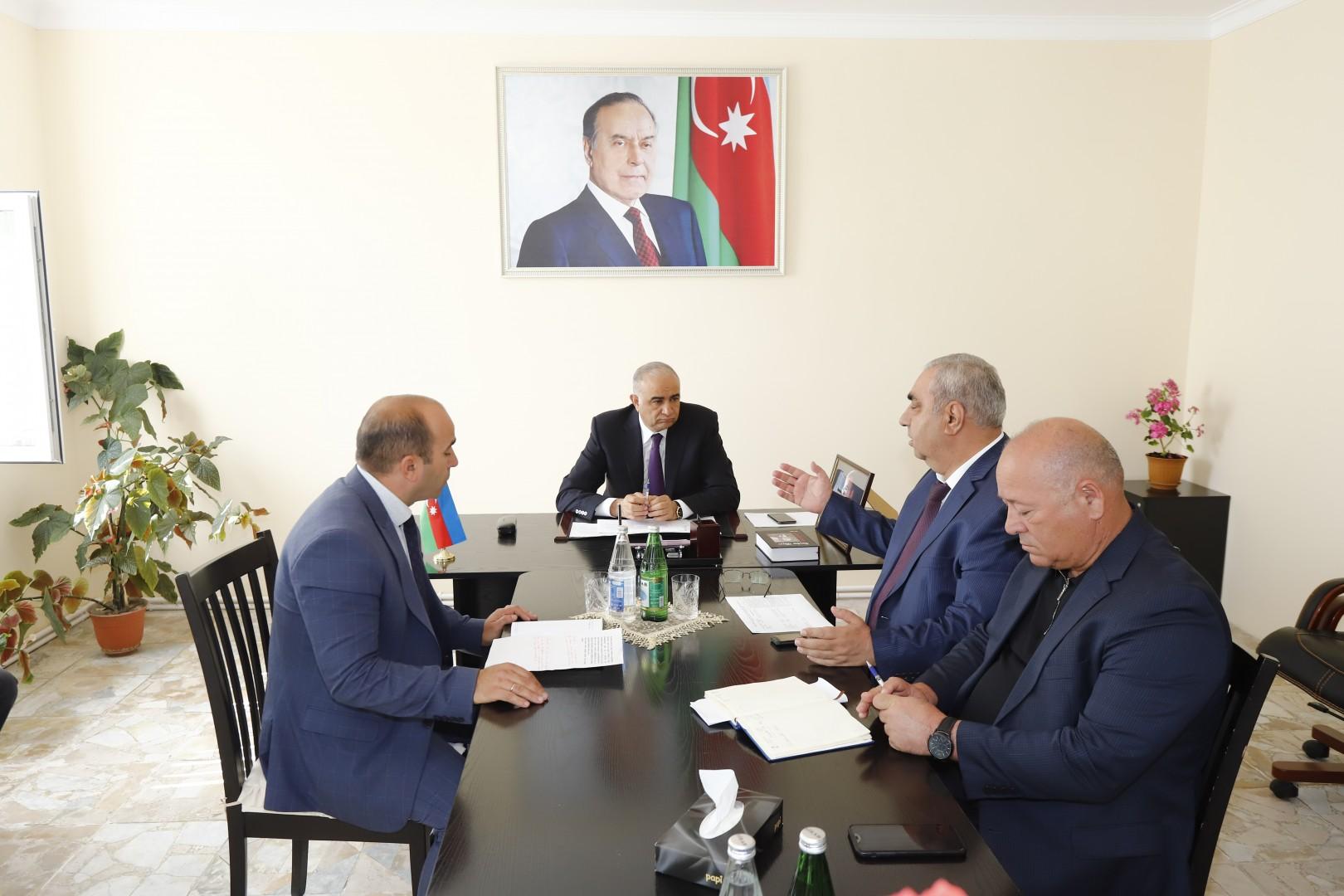 """""""Meliorasiya və Su Təsərrüfatı"""" ASC-nin sədr müavinləri vətəndaşları qəbul edib-"""